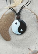 5 BRAND NEW CHINESE YIN YANG BLACK WHITE NECKLACES WITH SHELL AND BEADS / n307gy