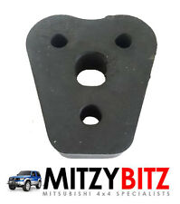 MITSUBISHI L200 K74 B40 96-14 TRIANGULAR EXHAUST RUBBER MOUNTING BLOCK