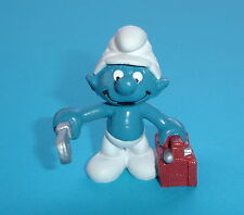 Schtroumpf smurf AVEC BOITE A OUTILS 20187 SCHLEICH 1983 W.GERMANY NEUF