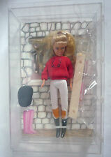 VINTAGE WORLD OF CASSY DOLL IN RIDING OUTFIT & ACCESSORIES / BY HORNBY 1992 BOX