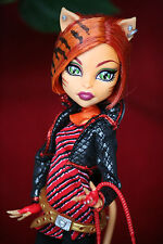 Monster high poupée Barbie toralei stripe série 1. Basic wave doll complete top
