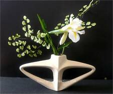 Japanese Ikebana Vase Triangle Ivory Colored Flower Arrangements/Made in Japan