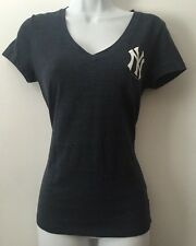"Women's New York Yankees T-Shirt Tee Medium ""Great Catch"" Heathered Navy V Neck"