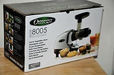 Omega J8005 Nutrition Center Single-Gear household Masticating Juicer - NEW