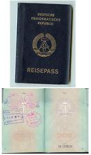 DDR GDR Pass Reisepass Passport mit Ein- Ausreisestempeln 1990 ungültig