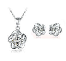 Amazing White Cubic Zircon Flower Jewellery Set Studs Earrings & Necklace S349