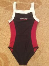 New Girls swimsuit. Size 10-13 y.o.