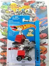Hot Wheels 2014 #88 Snoopy WHITE DOG & HIS RED HOUSE W EXTENSIVE EXHAUST PIPES
