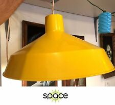 VINTAGE YELLOW METAL ENAMEL INDUSTRIAL MID-CENTURY PENDANT LIGHT FIXTURE LAMP