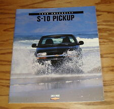 Original 1998 Chevrolet Truck S-10 Pickup Sales Brochure 98 Chevy