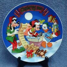 Disney Christmas Collector Plate 1990 Mickey Goofy Donald Checking It Twice NEW
