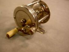 THE MATCHLESS JEWELED ANTIQUE VINTAGE OLD FISHING CASTING REEL 4 LURE tackle BOX