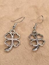 Cute New Tibetan Silver 4 Leaf Clover Shamrock Charm Dangle Drop Earrings