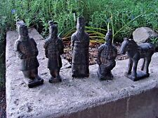 RARE ANTIQUE CHINESE STATUE COLLECTION OF MEN AND HORSE 20TH CENTURY