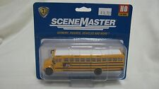 Walthers HO Walthers International CE School Bus w/White Roof #949-11701