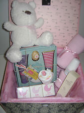 NEW Mum and Baby Girl Hamper Set in Couture Gift Box #Baby Gift #Baby Shower