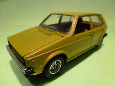 MEBETOYS 6709 VW VOLKSWAGEN GOLF I  - YELLOW GREEN 1:25 - NEAR MINT CONDITION