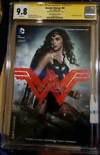 Gal Gadot Signed Wonder Woman #50 CGC SS 9.8 Photo Movie Cover Variant  New 52