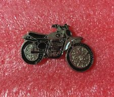 Pins Moto GREEVES GRIFFON Années Japon