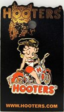 RARE NEW HOOTERS BETTY BOOP ON A MOTORCYCLE WINKING (GOLD METAL) LAPEL PIN