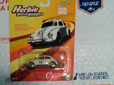 CLASSIC WHITE HERBIE VOLKSWAGEN BEETLE JOHNNY LIGHTNING FULLY LOADED 1:64