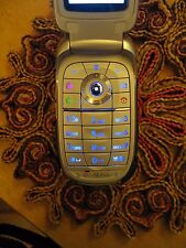 Motorola v195 Flip Phone in Excellent Condition with Extras! Free Shipping!