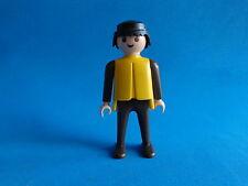 Playmobil Hombre pantalon marron, brazos marrones y camiseta amarilla  1974-78