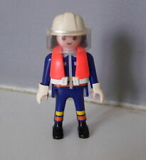 PLAYMOBIL (G2211) POMPIERS - Pompier en Tenue d'Intervention Bateau Pompe 4823