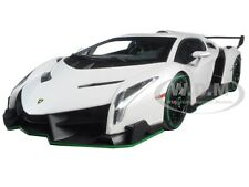 LAMBORGHINI VENENO WHITE WITH GREEN LINE 1/18 DIECAST MODEL CAR KYOSHO 09501 WG