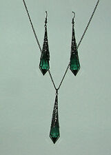 GREEN FACETED ACRYLIC VICTORIAN STYLE EARRINGS BLACK PL FILIGREE PENDANT SET LG