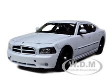 2006 DODGE CHARGER POLICE WHITE W/CASE,PUSH/LIGHT BAR 1/24 WELLY 22476SWEWP-BSW
