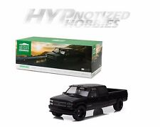 GREENLIGHT 1:18 1997 CUSTOM CHEVROLET SILVERADO 3500 DIE-CAST BLACK 19016