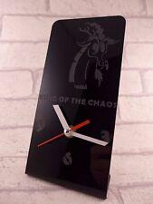 Il RE DEL CAOS in plexiglass Desk Clock-ENB - 2