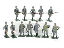 Fusilier Miniatures World War II German Infantry Toy Soldiers 12 Pieces