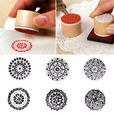 1Pcs Model Retro Cute Lace Pattern Round Wooden Rubber Stamp Random Style