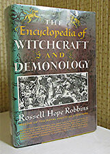 OCCULT: THE ENCYCLOPEDIA OF WITCHCRAFT AND DEMONOLOGY, Robbins, Illustrated