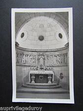 STE ANNE D'AURAY, Crypte du Monument aux Morts, Autel du diocèse de Vannes.