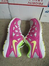 Girls Nike Dual Fusion RUN 2 multi color athletic shoes size 4.5y