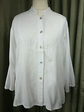 Orvis 100% Cotton Ripstop Weave White Shirt with Mother of Pearl Buttons - M