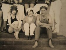 ANTIQUE FLAPPER GIRLS SWIMSUIT BARE FOOT LOVER SUN SOUTHERN CA BEACH HOUSE PHOTO