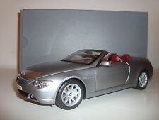 BMW 6er CABRIO E64 GRAU 1:18 DEALER