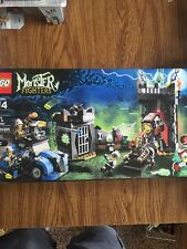 "LEGO Monster Fighters #9466 ""Crazy Scientist Frankenstein Monster"" MISB *Retired"