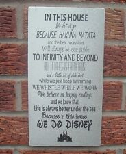 En esta Cámara nos Let It Go Disney frase comillas Cartel Placa hacemos Disney 12 X 6