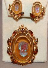 Book Set Juliana DeLizza & Elster Iridescent Cameo/Rhinestone Brooch/Earrings 18