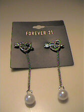 NWT FOREVER 21 HEART STUD EARRINGS WITH CHAIN DROP WITH PEARLS