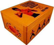 Bruce Lee Kung Fu Master figure, Jeet Kune Do, BOX with AUTOGRAPH, Poster, Quote