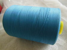 bobine cone 7000 métres GUTTERMAN polyester surjeteuse bleu coloris 278