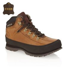 chaussure caterpillar model...restore. taille  ///   43  prix. 59€
