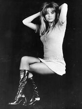 "Susan George 10"" x 8"" Photograph no 7"