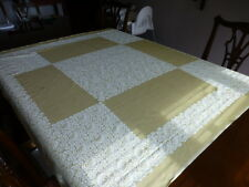 Large pale gold table cloth with four napkins